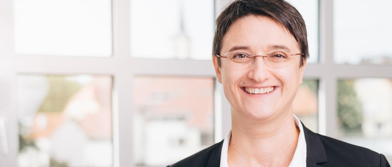 Rechtsanwältin Cornelia Oster, Fachanwältin für Arbeitsrecht, Fachanwältin für Sozialrecht